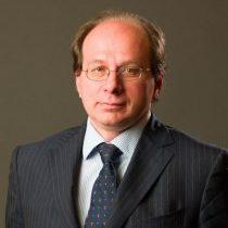 Dr Gabriele muti